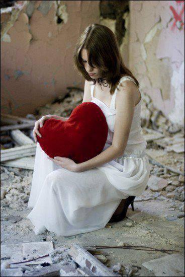 sad-girl-with-heart-facebook-DPs